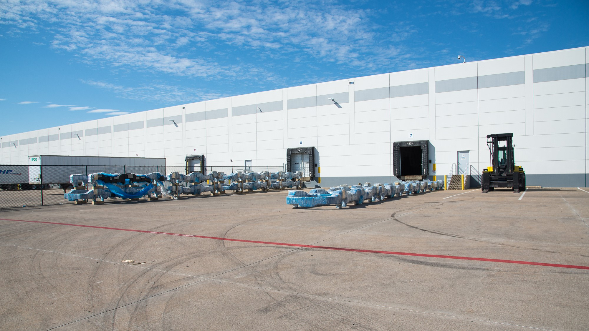 Logistics Plus Dallas/Fort Worth Warehouse Receives Foreign